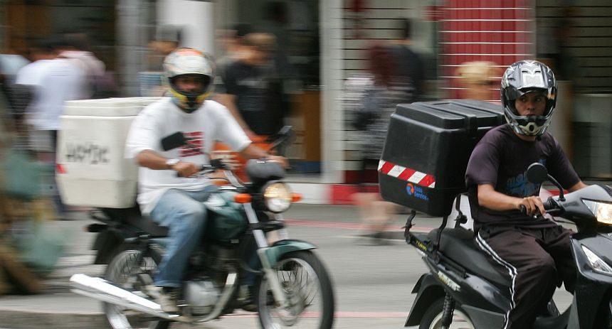Entregadores: como evitar acidente de moto em época de covid-19